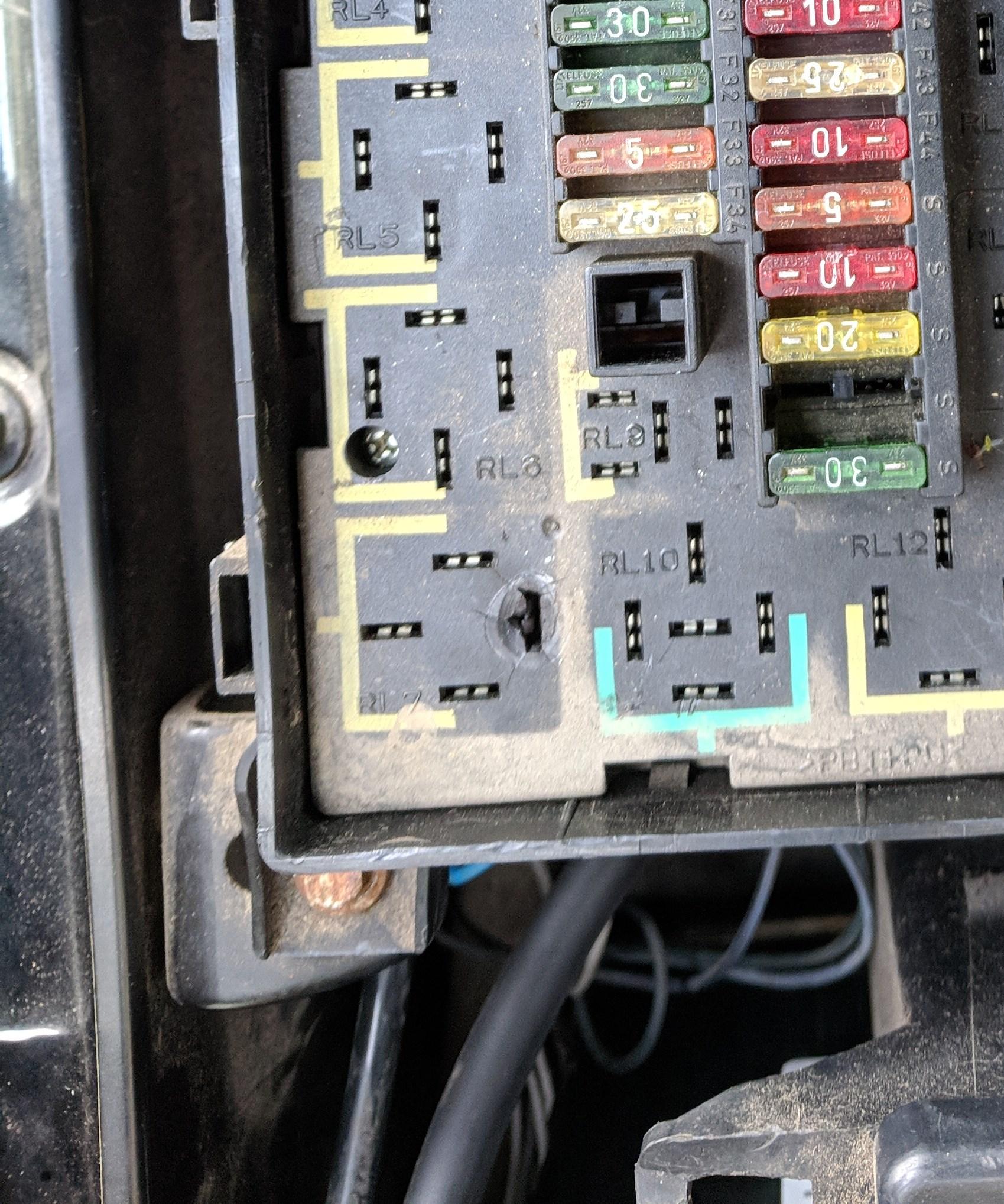 Range Rover P38 My1995 2002 Thesammon F32 Fuse Box Problems